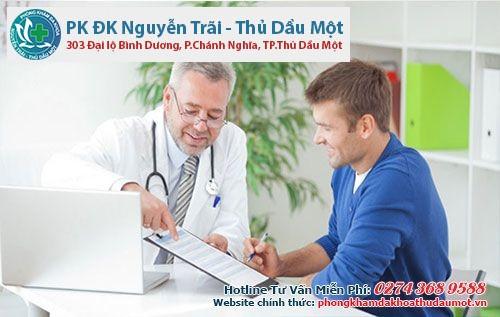 Bác sĩ sẽ tư vấn phương hướng điều trị cho bệnh nhân nam giới