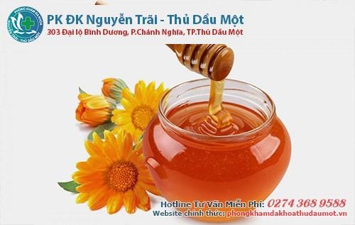 Mật ong là vị thuốc tốt giúp quá trình hồi phục sùi mào gà