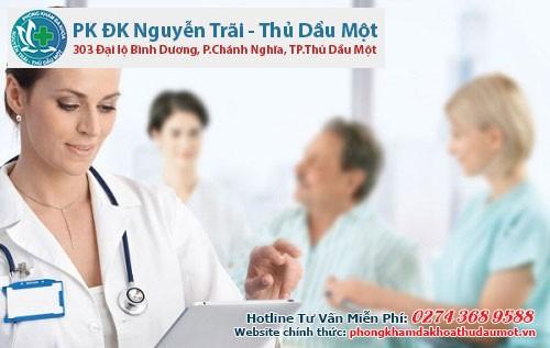 Nên đến cơ sở y tế có chuyên khoa để được chuyên gia giúp đỡ
