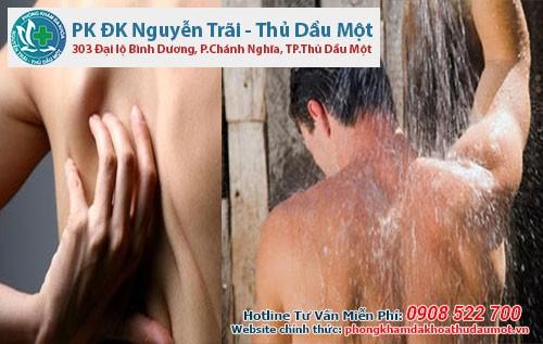 Tình trạng bị ngứa sau khi tắm là do đâu?