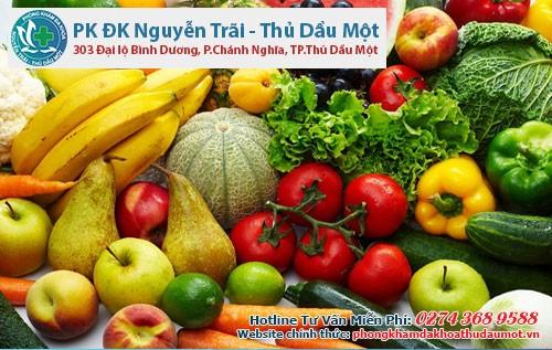 Khẩu phần ăn hợp lý chứa nhiều rau của quả