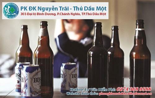 Lạm dụng bia rượu là một trong những yếu tố