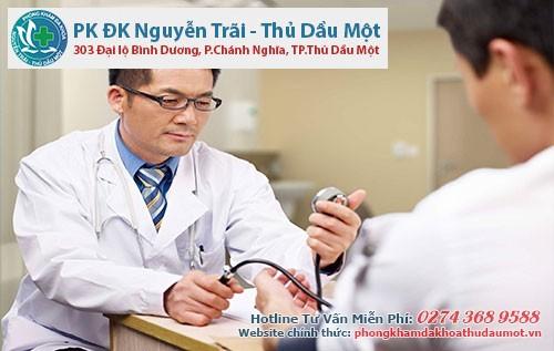 Thông qua thăm khám lâm sàn sau đó mới đưa ra liệu trình điều trị cho phù hơp